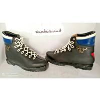 Paia di scarponi da pista sci da neve vintage Garmisch made in Italy
